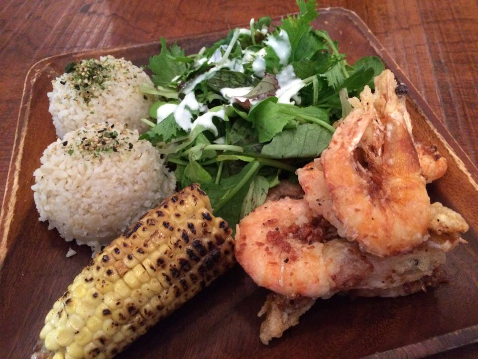 KAHUKU GARLIC SHRIMP PLATE $13.00