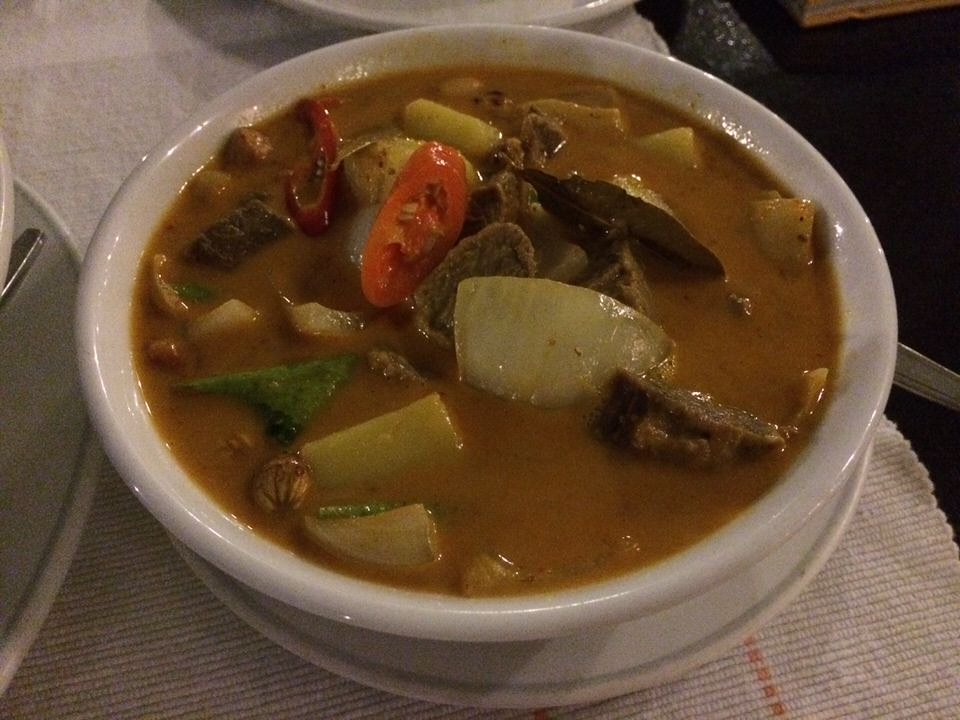 Massaman Curry with Beef, Potate & Peanut THB320