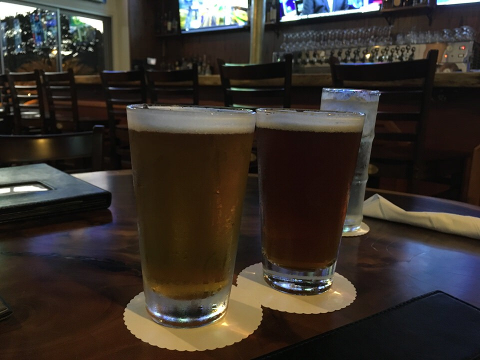 Maui Big Swell IPA $7.00とMaui Haleakala SunRyes IPA $7.00で乾杯!