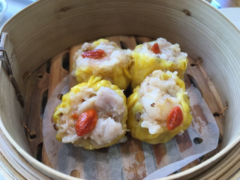 STEAMED PORK DUMPLINGS WITH SHRIMP (SIU MAI) 鮮蝦燒賣皇 5.25ドル