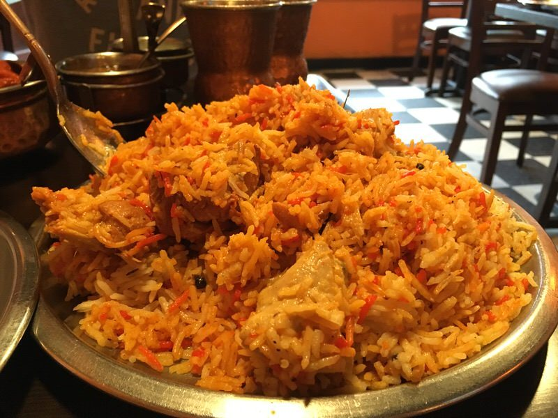 64. CHICKEN BIRYANI 17.99ドル