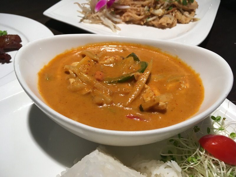 Bangkok Red Curry 10ドル